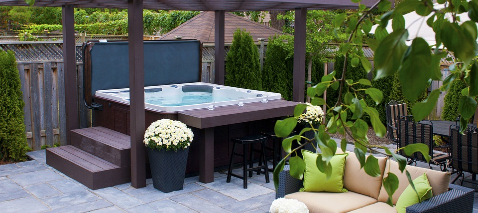 Hydropool Hot Tubs and Swim Spas in Mississauga